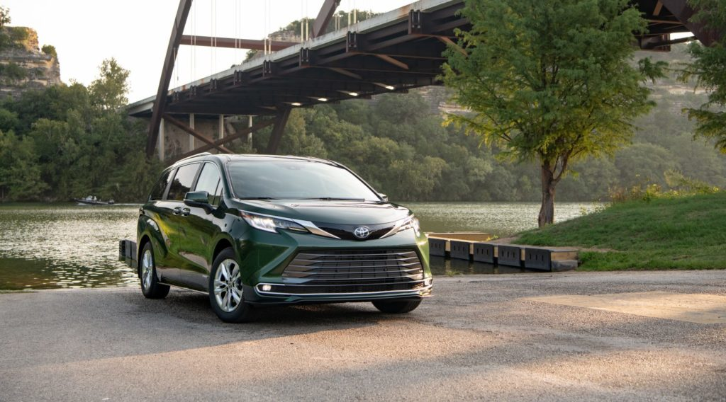 2021 Toyota Sienna Wins Family Green Car Of The Year   Courvelle Toyota By Lafayette, LA