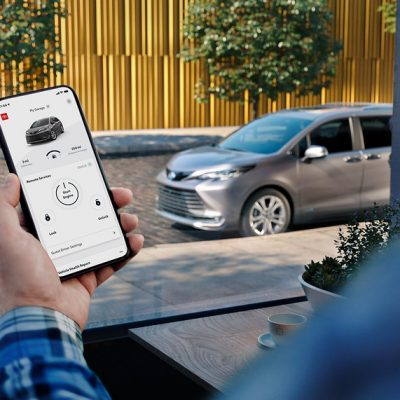 AI Assistant Replaces Toyota Sienna Owner's Manual